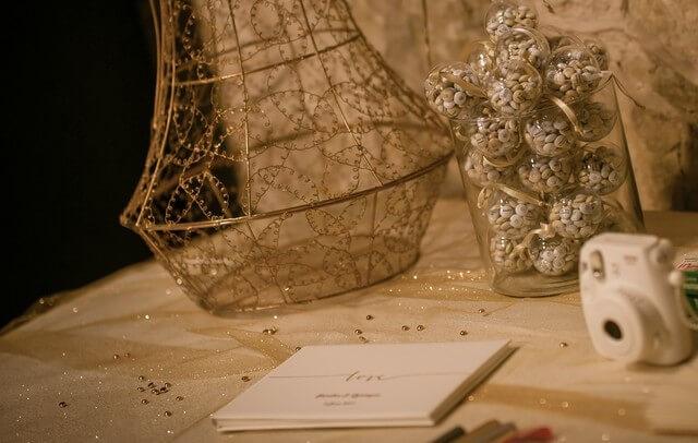 MonaLisa wedding planner tours 37 organisation mariage urne livre d'or décoration thème blanc et or art hotel rochecorbon