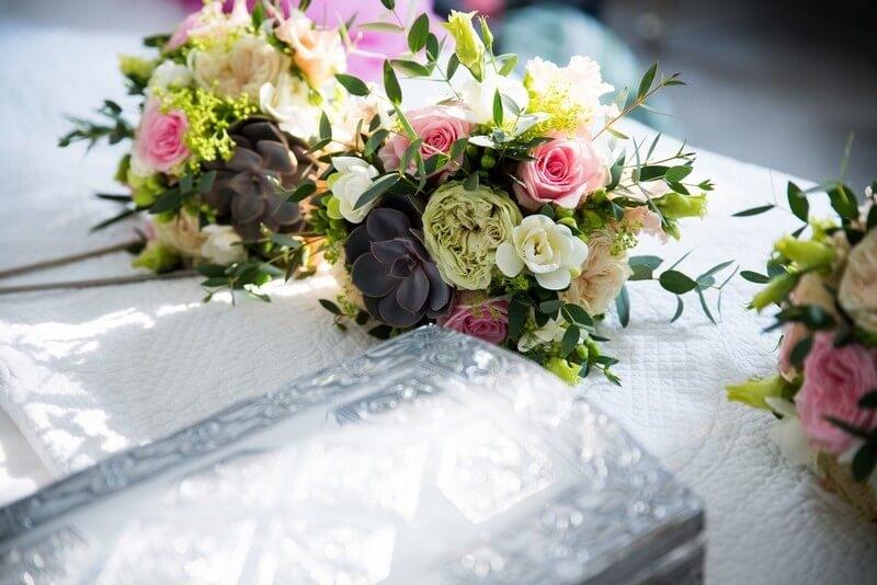 MonaLisa wedding planner tours 37 organisation mariage bouquets demoiselles honneur pastel roses