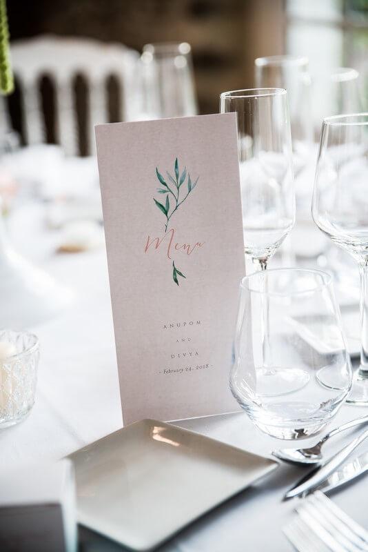 MonaLisa wedding planner tours 37 organisation mariage menu table élégant pastel
