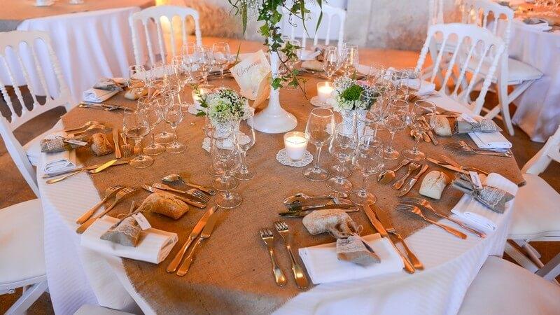 MonaLisa wedding planner tours 37 organisation mariage décoration table toile jute champêtre fleurs