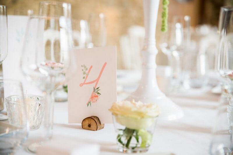 MonaLisa wedding planner tours 37 organisation mariage numéro table élégant rose fleurs pastel