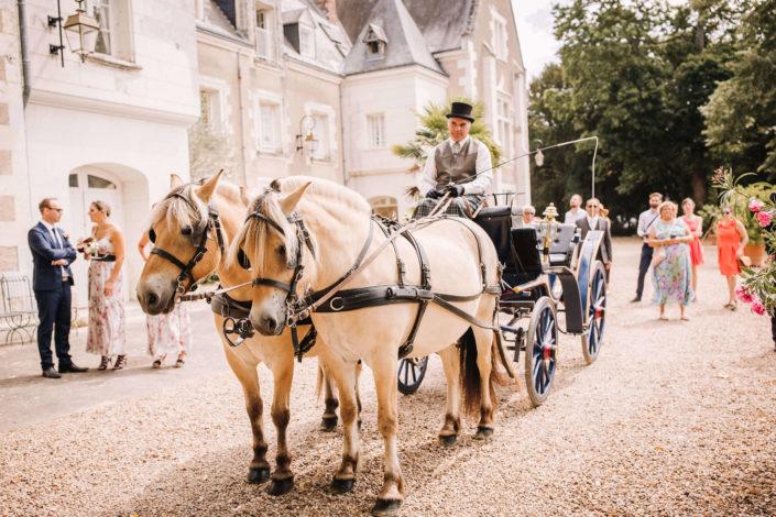 Weddingplanner-Tours-arrivée mariage-calèche-Indre et Loire