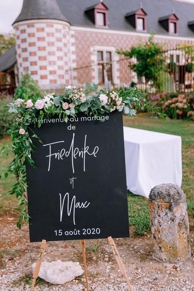 panneau bienvenue mariage chateau jallanges wedding planner tours